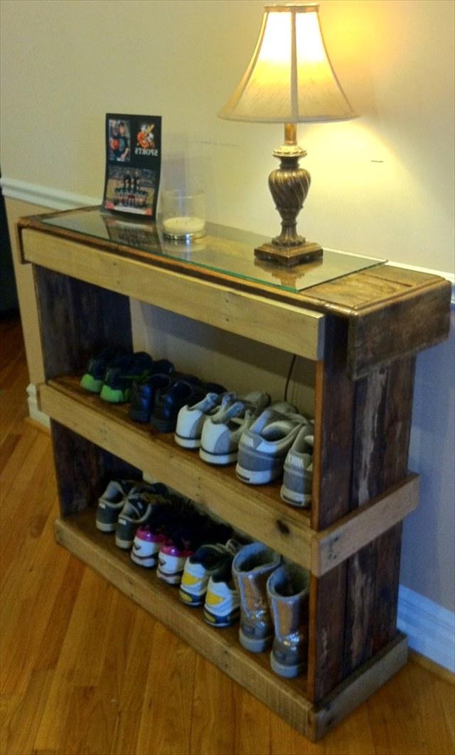 Полка для обуви своими руками из поддонов