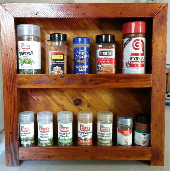 Recycled Pallet Spice Rack Полка для специй из поддона