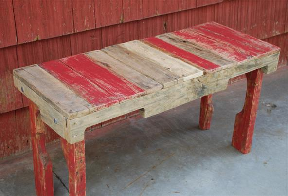 Скамейка из поддонов Upcycled Pallet Bench