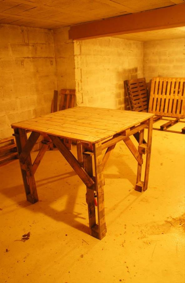 DIY Pallet Table, Pallet Dining Table