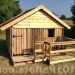 Уютный домик из паллет