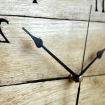 часы из поддонов