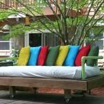 Как построить диван из поддонов - инструкция