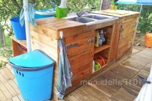 Кухня на открытом воздухе из поддонов