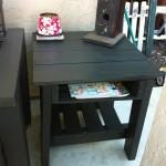 Идеи создания тумбочек и столиков из поддонов