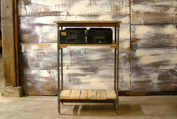 Приставной стол из поддонов