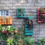 Подвесной сад из поддонов