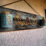 Декорирование стены при помощи поддонов