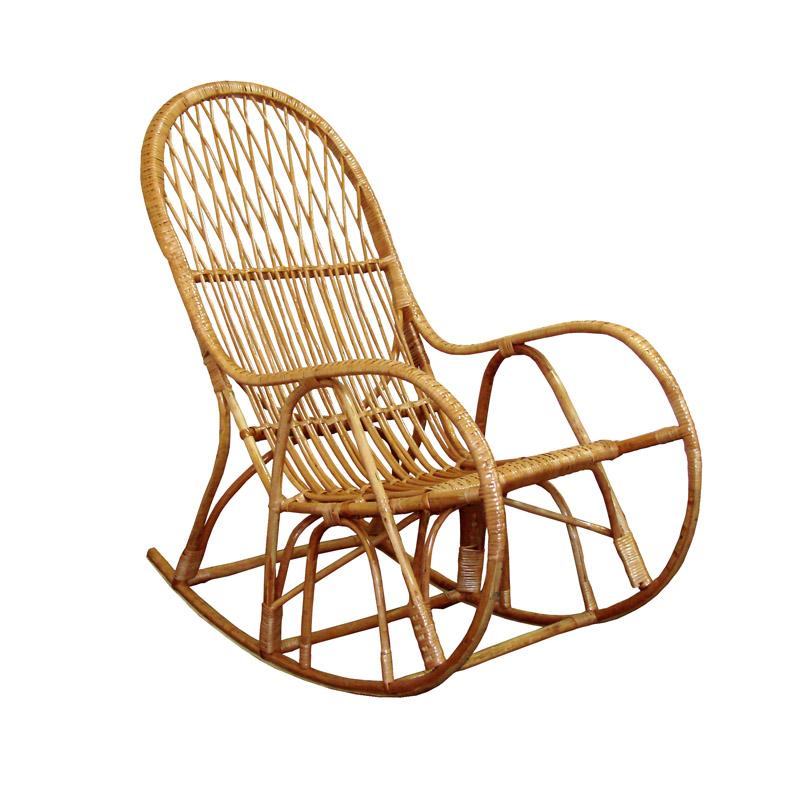 креслом-качалкой